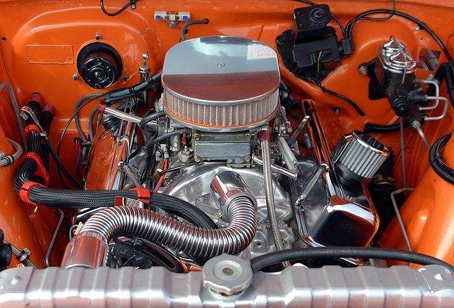 car-engine-1738309_640